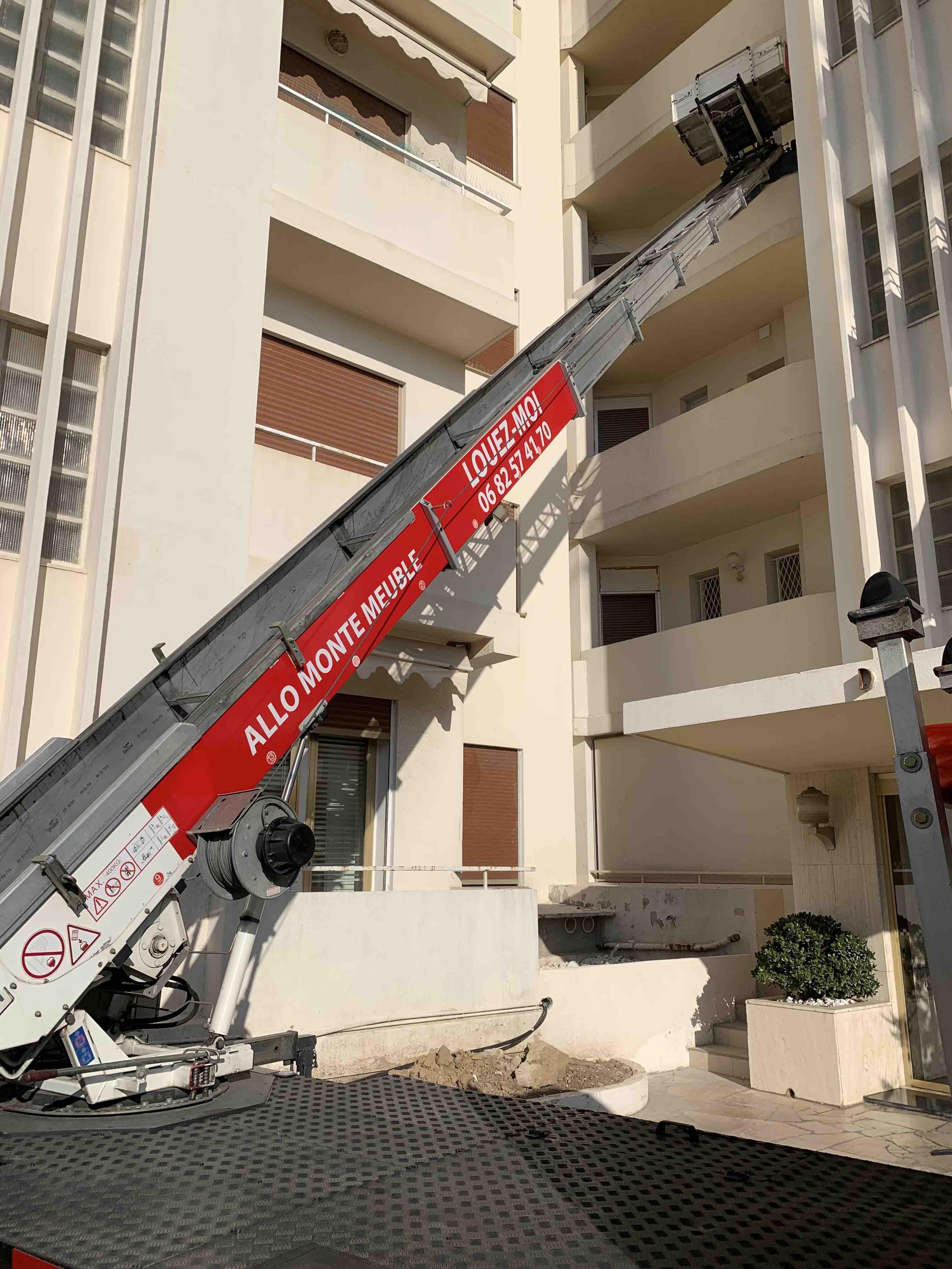 Allomontemeuble - location de monte meuble à Cannes